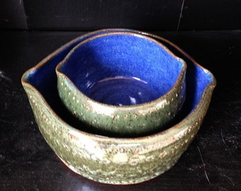 Stoneware Nesting Bowls (set of 2)