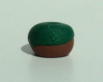 tinytotem sparkly green frosted doughnut