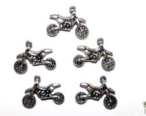 Charms: Motorcycle Charms, Dirt Bike Charms, Set of 5, 17x22mm, Motocross charm, ATV Charms, Bike Pendants, SLT146