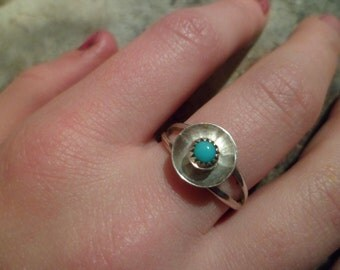 Authentic Navajo,Native American,Southwestern sterling silver sleeping beauty turquoise Navajo button ring.Size 7 1/2.