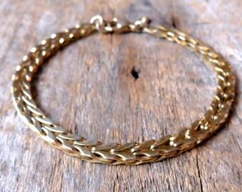 Flat Gold chain bracelet