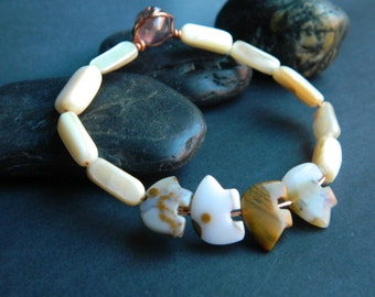 MEDIUM- Zuni Bear Beaded Bracelet