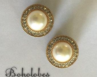 "Round pearl rhinestone wedding plugs sizes: 8g, 6g, 4g, 2g, 0g, 00g, 7/16"", 1/2"", 9/16"""