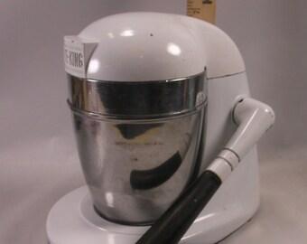 Vintage Juice King Mechanical Juicer White Chrome Cast Metal .epsteam