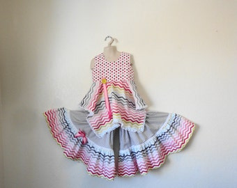 Boutique Clothing, Summer Outfit, Chevron Print, One of a Kind,  Ruffled Pants and Top Girls Size 6/7, Fun and Flouncy
