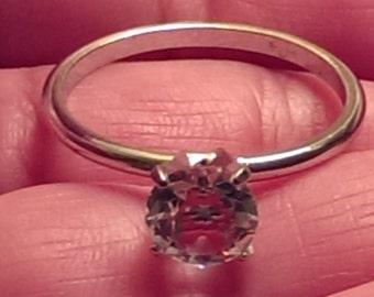 Vintage Silvertone Uncas Solitare Cubic Zirconia Ring Size 9 1/2