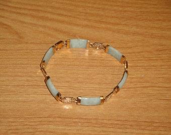 Vintage Light Green Jade and 14 K Karat Gold Bracelet Asian Theme Jewelry