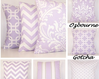 PURPLE PILLOW COVER.Mix and Match.Lavender Pillow.Toss Pillow.Light Purple Pillow.Damask.Wisteria Ozbourne.Couch Pillow.18x18.20x20.22x22