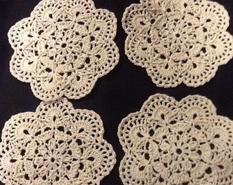 Hand crochet set of 4 doilies in cream color