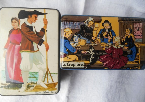 2 Vintage Brittany Folk French Crepes and Cookies Tin Boxes French Scriptures Saint Michel La Crêpière #sophieladydeparis