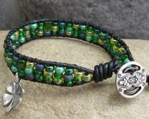 Sterling silver 4-leaf clover on green seed bead black leather wrap bracelet, lucky four leaf clover charm green bead leather bracelet