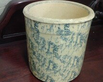 On Sale RRP Company Roseville, Ohio Spongeware Blue and Tan Crock