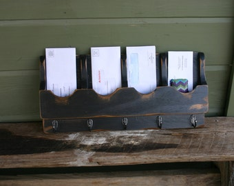 Mail Organizer - Letter Holder - Key Rack - Organizer - wood - Quad 5 hook