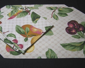 Set of 1980s Vintage, 2 Fruit Placemats with 2 Matching Napkins in Cotton, Reversible, ~~by Victorian Wardrobe