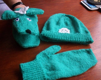Hat and Puppet Mittens