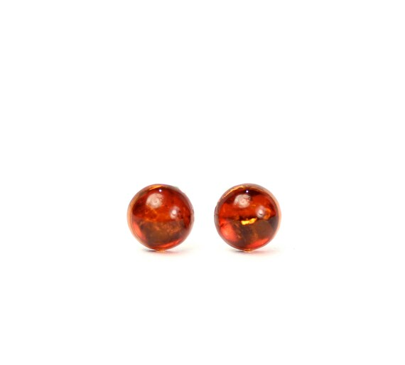 Amber stud earrings - disc earrings - baltic amber - silver studs - a set of genuine baltic amber dot earrings set on sterling silver posts