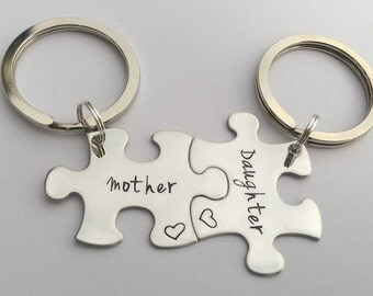 mother daughter gift - mother and daughter matching keyrings - unique gift for mum - gift for daughter - puzzle piece keyrings, mum daughter