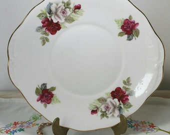 Vintage Red and White rose cake plate by Gainsborough China CP020