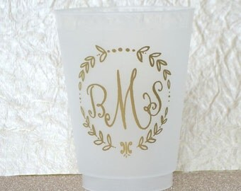 Monogrammed Leaf Border Frost-Flex Cups, Shatterproof Initialed Vine Circle Cup, Party Favor, Customizable, Personalized