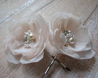 Champagne hair pins Cream flower 2 Cream hair flower Champagne hair piece Champagne wedding Bride cream accessory Cream wedding Cream flower