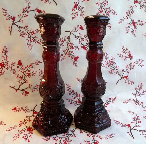 Vintage Avon 1876 Cape Cod Collection Pair Of Candlesticks Or