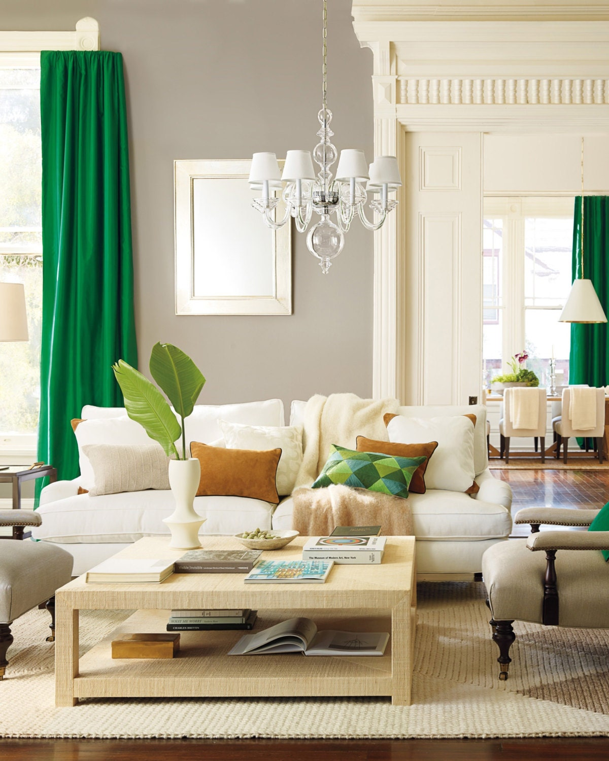 Kelly Green Curtains With Light Gray Grasscloth Walls