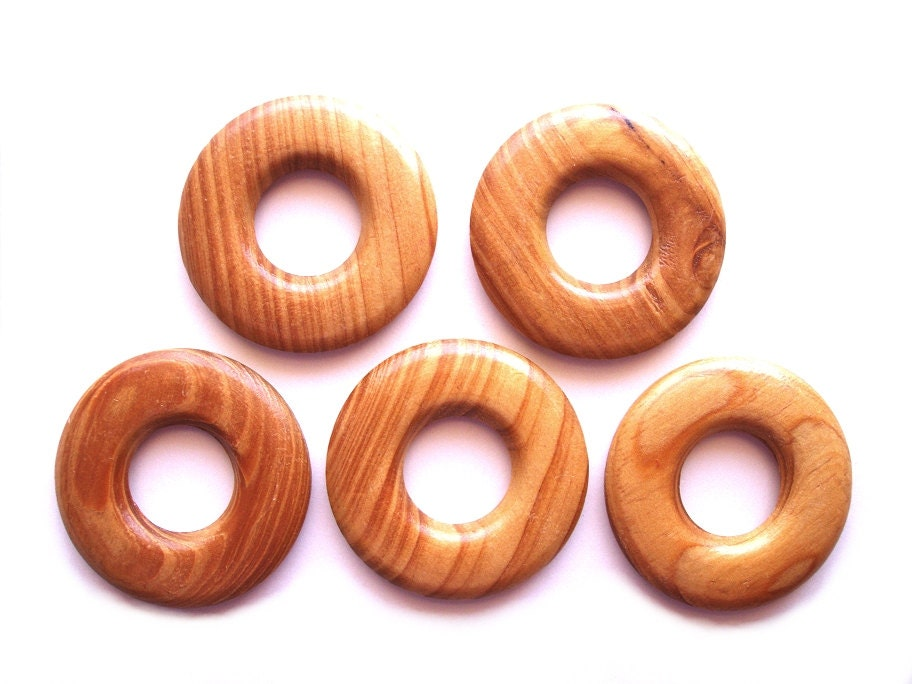 5 polished wood rings wooden hoops craft rings ring beads for Wooden rings for crafts