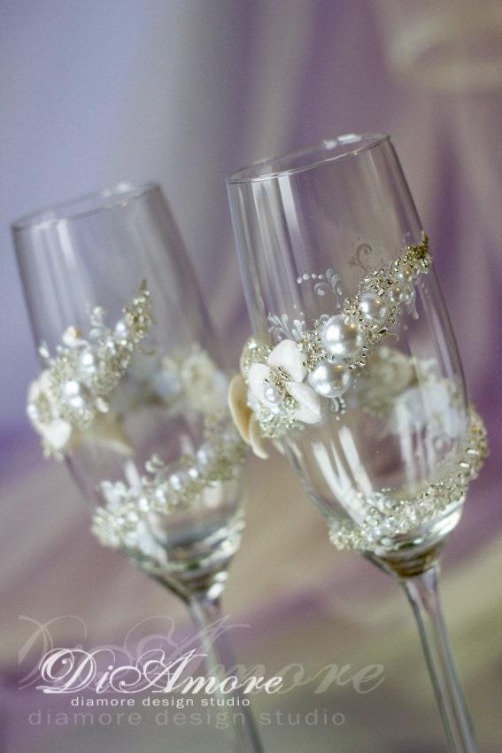 Handmade wedding toasting flutes beach champagne glasses mr for Wedding champagne flutes