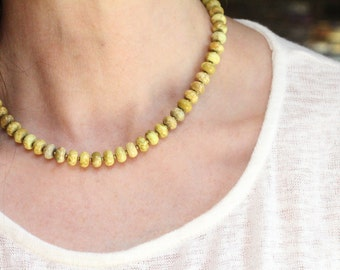spring jewelry yellow necklace gift / magnesite necklace / gemstone relaxation necklace / minimalist healing jewelry #1454