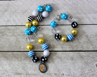 Alice in Wonderland chunky bead bubblegum necklace and bracelet set yellow black blue Disney Birthday bubblegum matching bracelet set