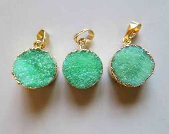 Round Druzy Pendant with Electroplating Gold Edge - B1029