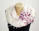 Infinity Loop Scarf White Pink Fashion Scarf Circle Scarf Chunky Cowl Felted Scarf Spring Summer Trending Scarf Handmade Fashion Accessories