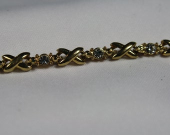Avon Rhinestone Kisses and Hugs Bracelet