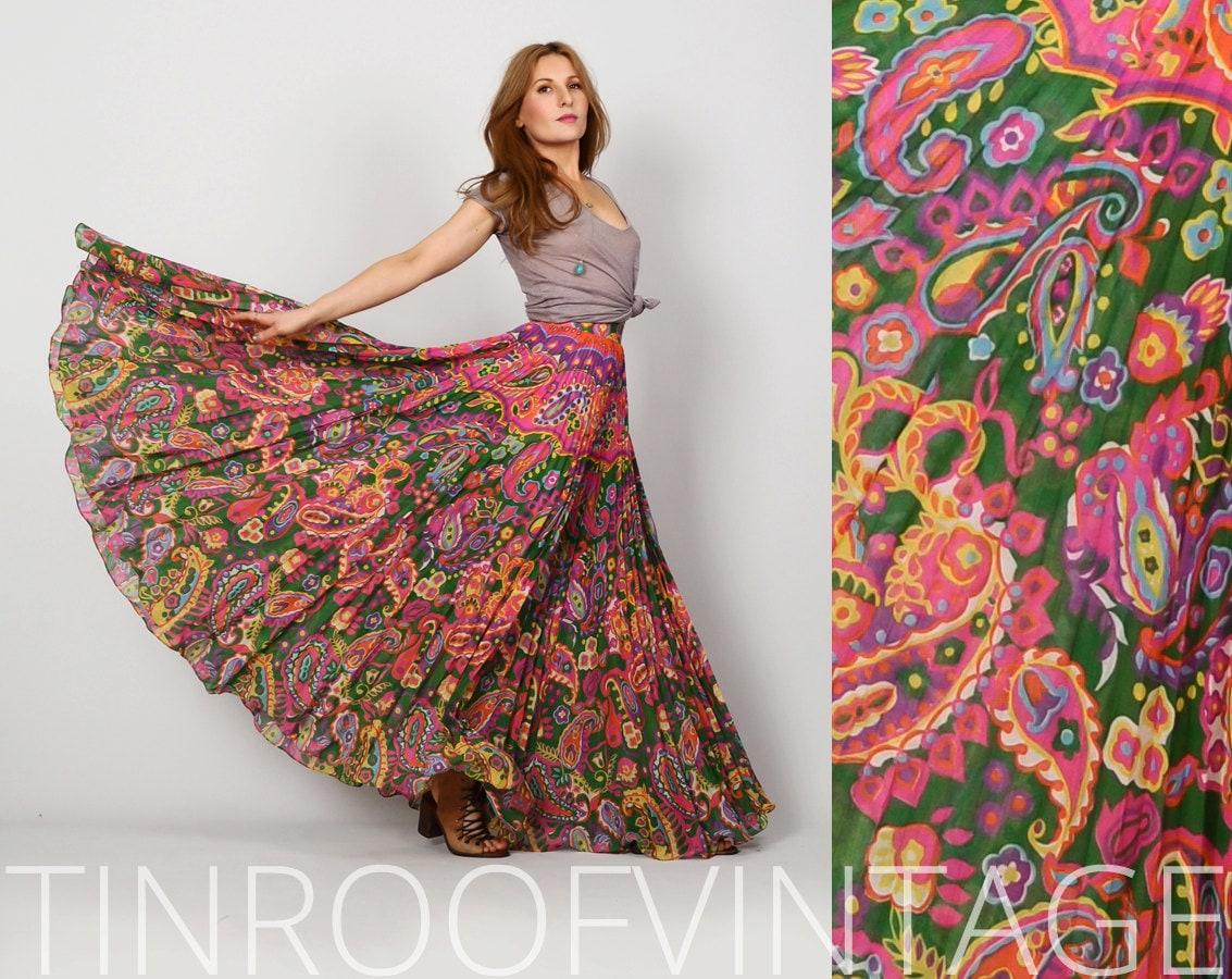 vintage 70s gauze maxi skirt s xs paisley cotton circle