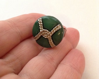 Green and Gold Christmas holiday button ring