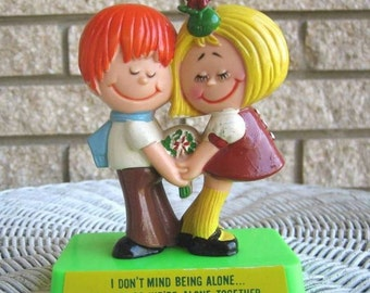 Vintage Berries Figurine couple 1971 plastic sculpture cake topper I don't mind being alone as long as we're alone together flower power