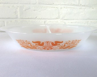 Glasbake Orange Bird Cornucopia Divided Baking Dish