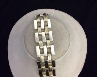 Vintage Wide Goldtone Linked Bracelet