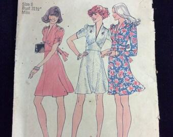 Vintage Simplicity Ladies Dress Pattern # 6661 Sz. 8 Uncut