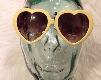 liquidation sale yellow heart sunglasses