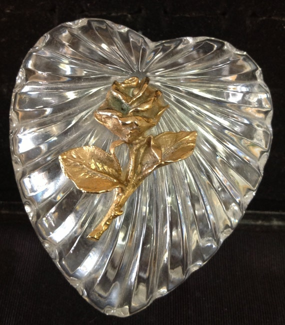 Heart trinket jewelry dish with lid glass by for Heart shaped jewelry dish