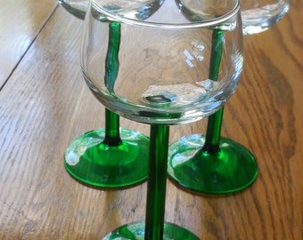 GREEN STEMMED GLASSES from France