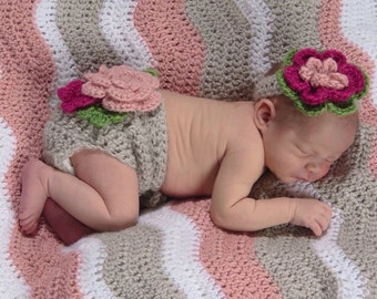 Flower diaper cover and headband photo prop set. Sized for newborn, baby and infant. Great newborn photo prop, baby girl gift, baby shower