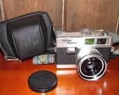 Petri Racer 35mm Film Camera Vintage 1960s