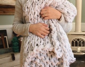 "Chunky Blanket, Arm Knit Blanket, Chunky Throw,  60"" x 48"""