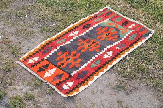 turkish rug kilim rug chic rug decorative rug 103 by cappodociarug. Black Bedroom Furniture Sets. Home Design Ideas