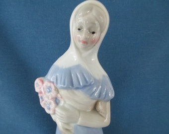 Vintage Llado Style Porcelain Woman Figurine Collectibles Nao Rosal Home Decor