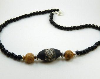 Men's earthy necklace