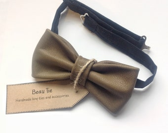mens bow tie green leather, dark green bow tie, leather bow tie, olive green, luxury, olive green