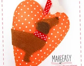 Dachshund in Heart - Hanging Ornament - Felt pattern and Tutorial - DIY - Making pattern PDF - Plushie animal Instructions